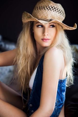 Stephanie-Noller-2