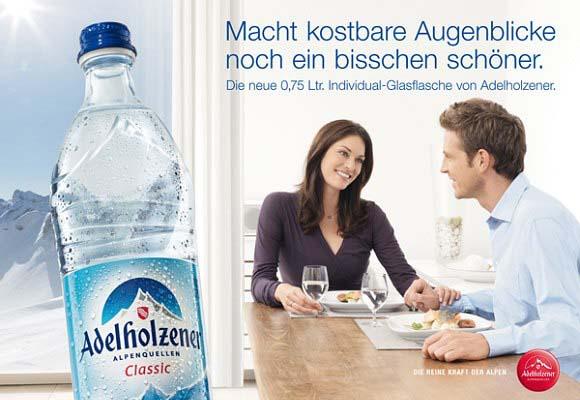 218_000_00063_Topschild_Paerchen_Glasflasche.indd