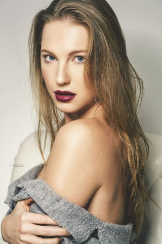Laura Mar (4)