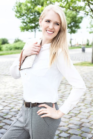 Katie-v-20
