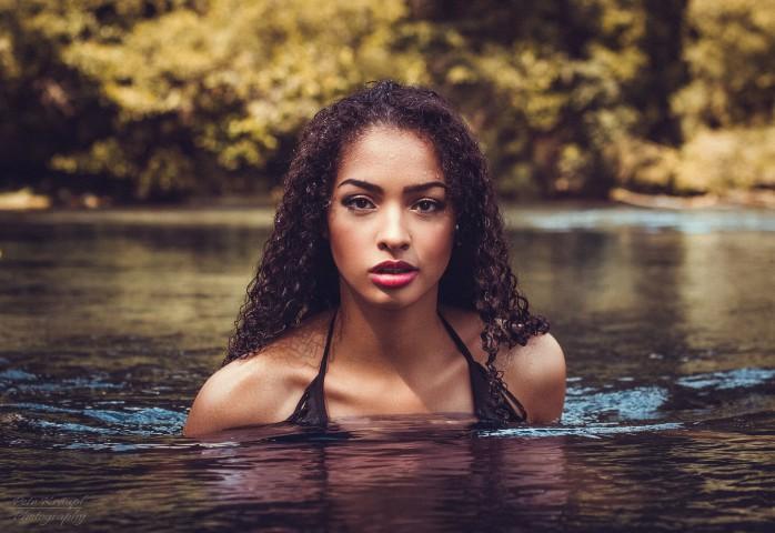 Vanessa-Ad-34