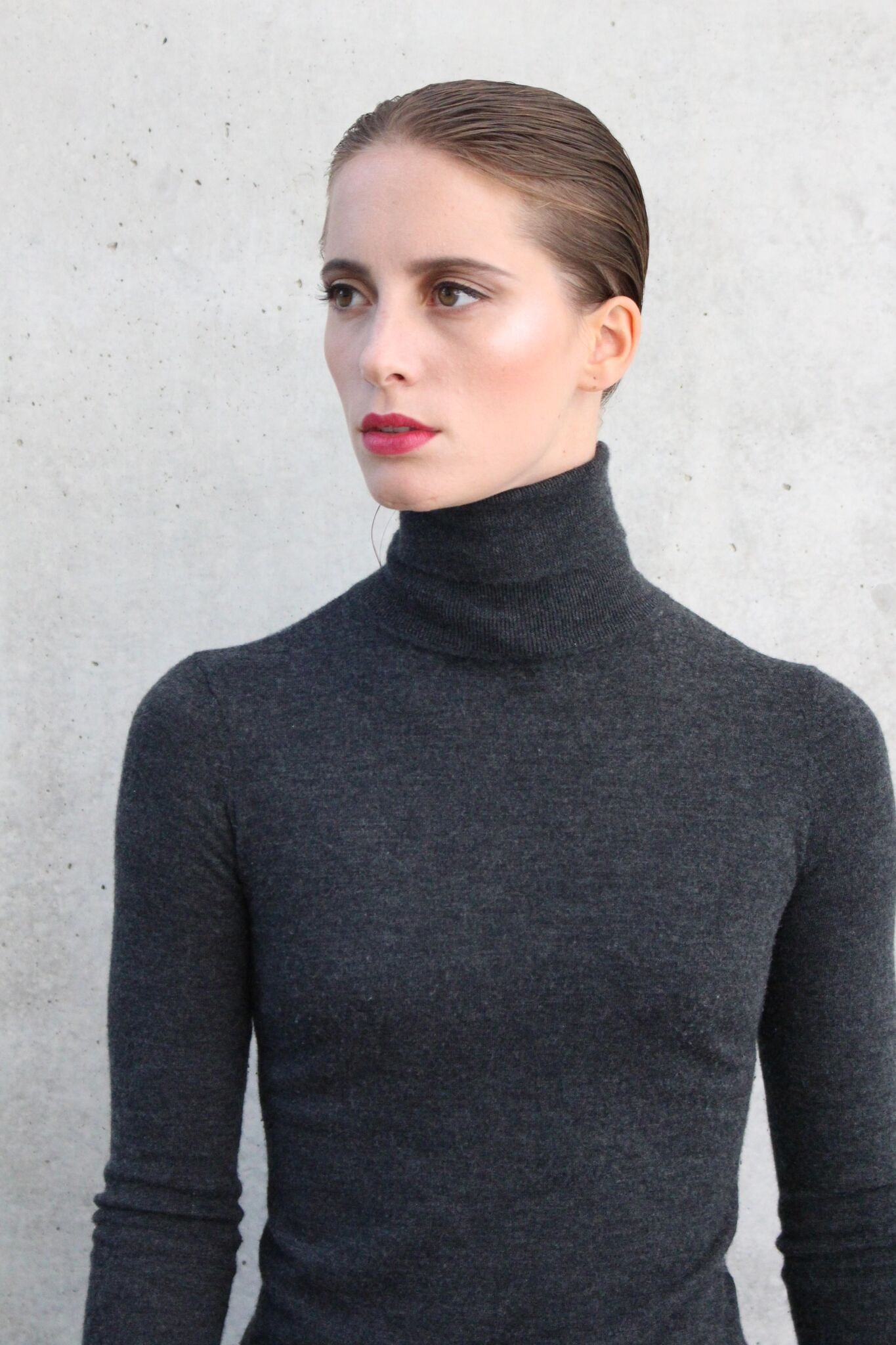 Nathalie Ba.