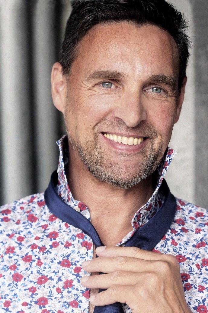 Ralf M.