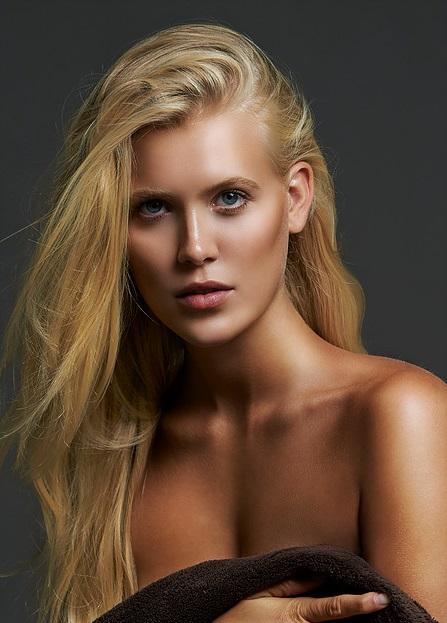 Leonie D.